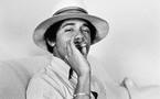باراک اوباما رئیس جمهور امریکا در دوره دبیرستان ودانشگاه مواد مخدر مصرف می کرد